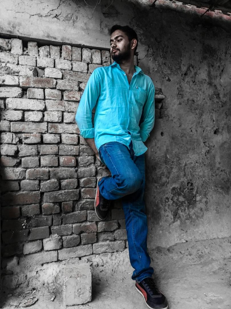 Preet Kamal Alone
