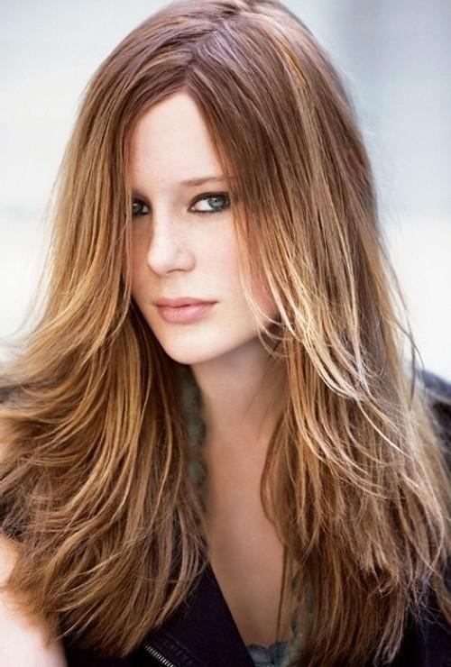 Amazing long hair girlish Layer Hairstyle