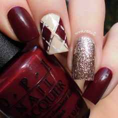 Amazing Meroon glitter Three color nail art