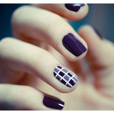 Amazing purple pattern Tiles nail art