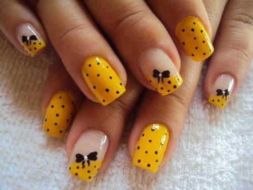 Attractive yellow black design Polka dots nail art