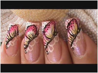 Attractive butterfly Animal print nail art