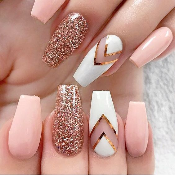 Attractive golden Glitter nail art