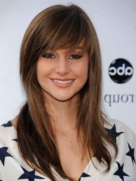 Awesome medium straight Casual Hairstyle