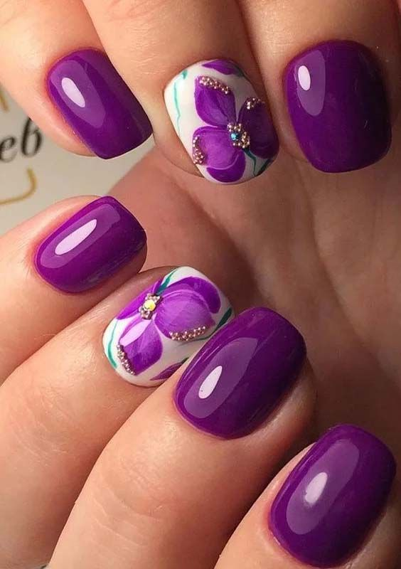 Awesome purple pattern Three color nail art