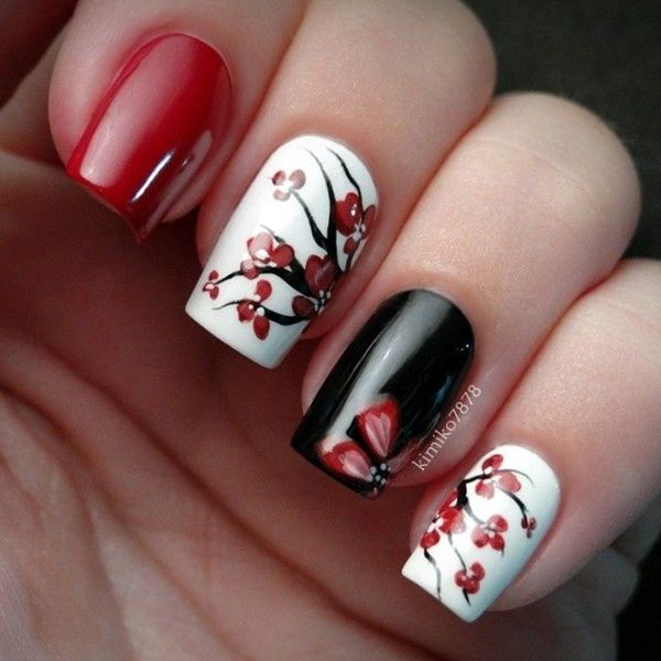 Awesome red & black printing Classy nail art