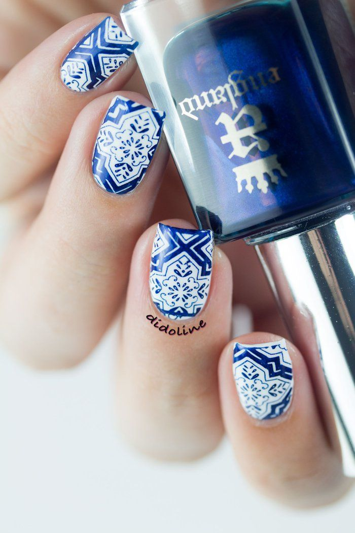 Beautiful blue floral design Tiles nail art