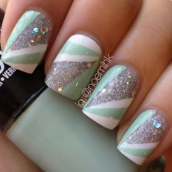 Best silver glitter Three color nail art