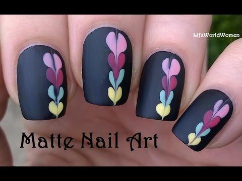 Catchy black simple design Matte nail art