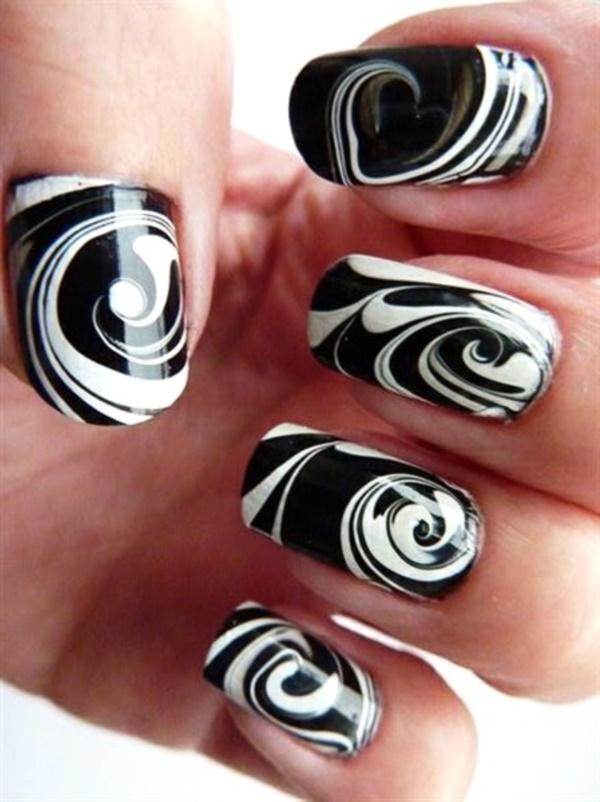 Charming black white circle Stripe nail art
