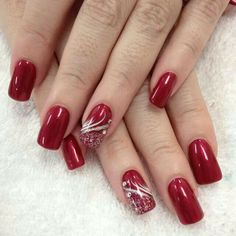 Charming mehroon Christmas nail art