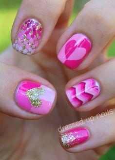 Cute and pretty pink Chevron design nail art