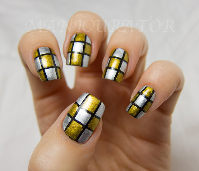 Delicate golden black silver pattern Tiles nail art