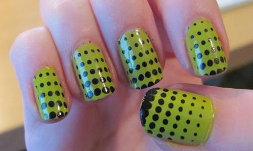 Easy black and green Polka dots nail art