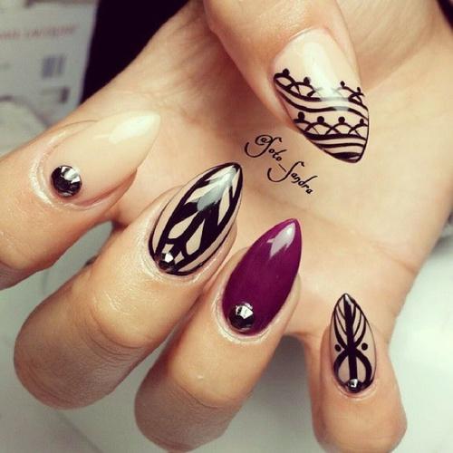 Easy black gel Edgy nail art