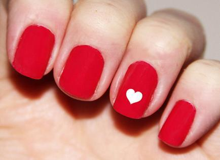 Easy design red Heart nail art