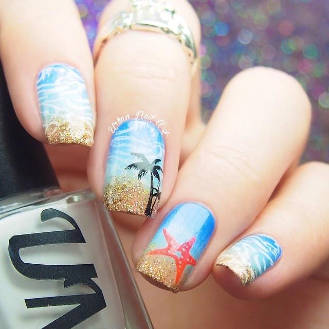 Elegant Animal print Blue nail art