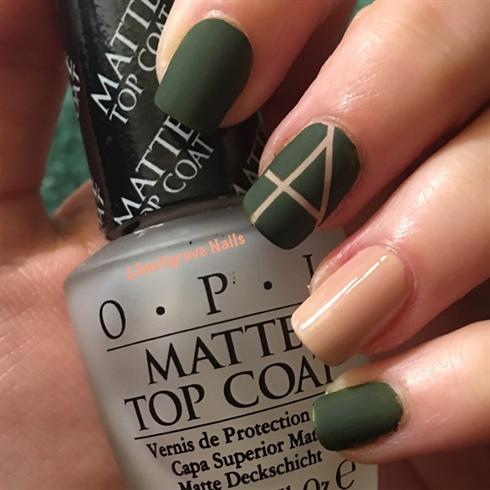 Elegant green and pink Matte nail art