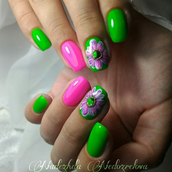 Epic green pink flower design Three color nail art
