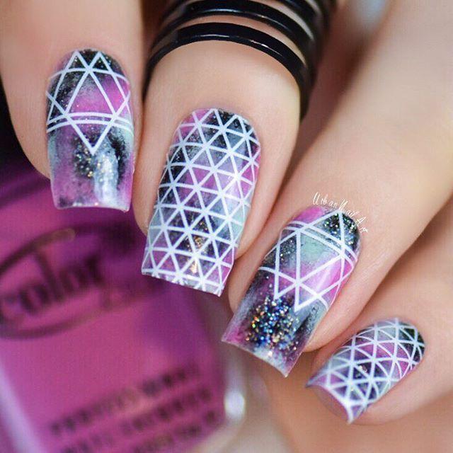 Epic purple white black design Stripe nail art