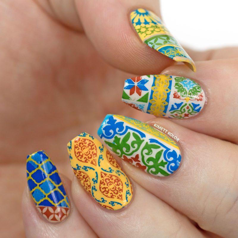 Epic traditional printed design gel Tiles nail art