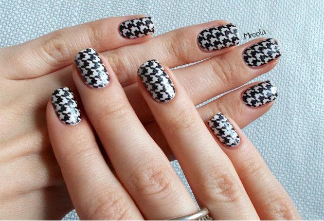 Fabulous marble combi Contrast nail art