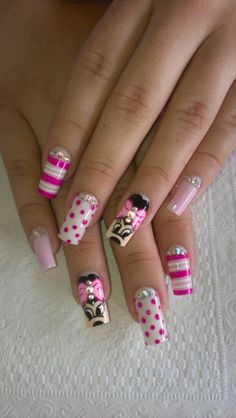 Fancy pink Hello kitty nail art