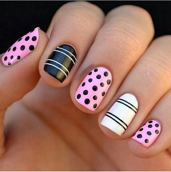 Girlish black pink white stripe Polka dots nail art