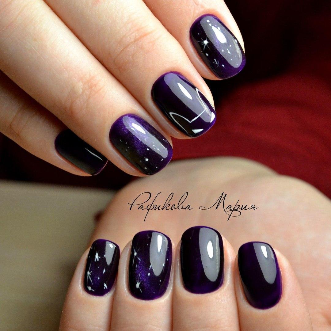 Girlish blue Glitter nail art