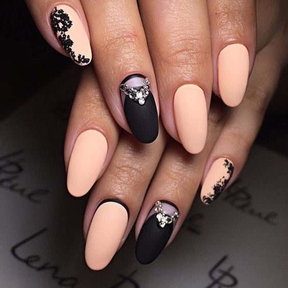 Girlish stone black peach Matte nail art
