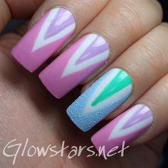 Gorgeous colorful Chevron design nail art