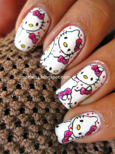 Large sized Hello kitty nail art