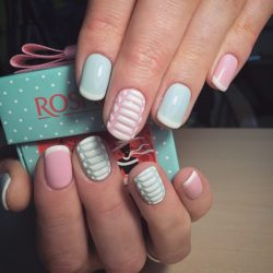 Latest blue pink pattern Three color nail art