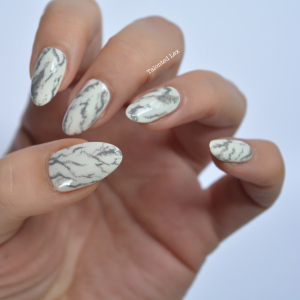 Latest white print Marble nail art