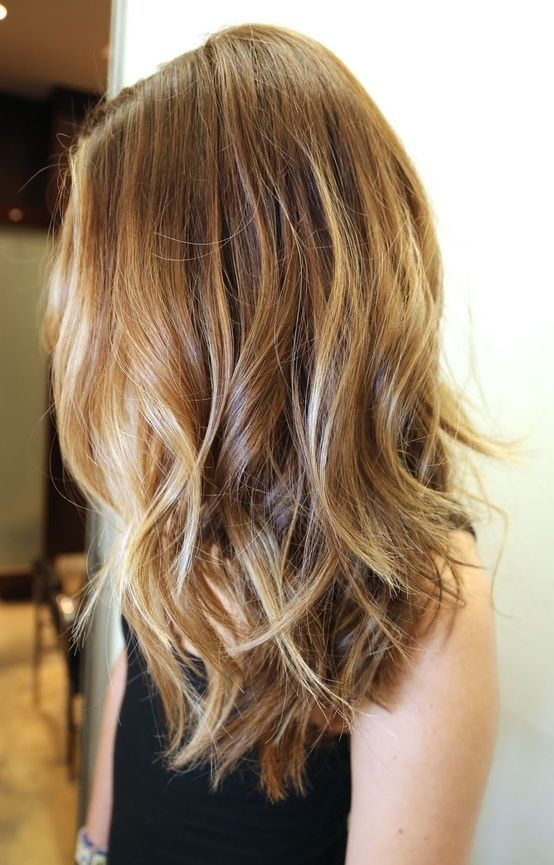 Lovely medium style Layer Hairstyle