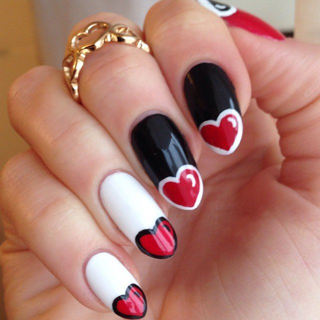 Lovely red & black Heart nail art
