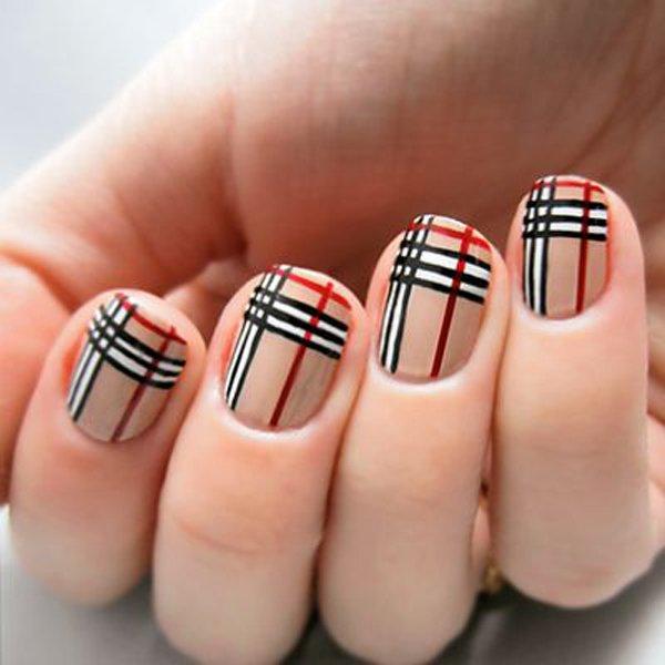 Lovely short black white Stripe nail art