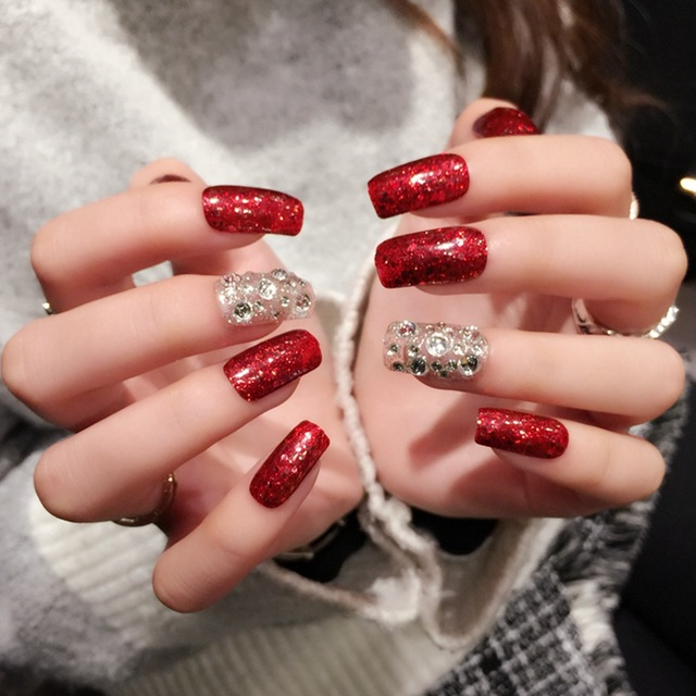 Most romantic red glitter gel Stones nail art