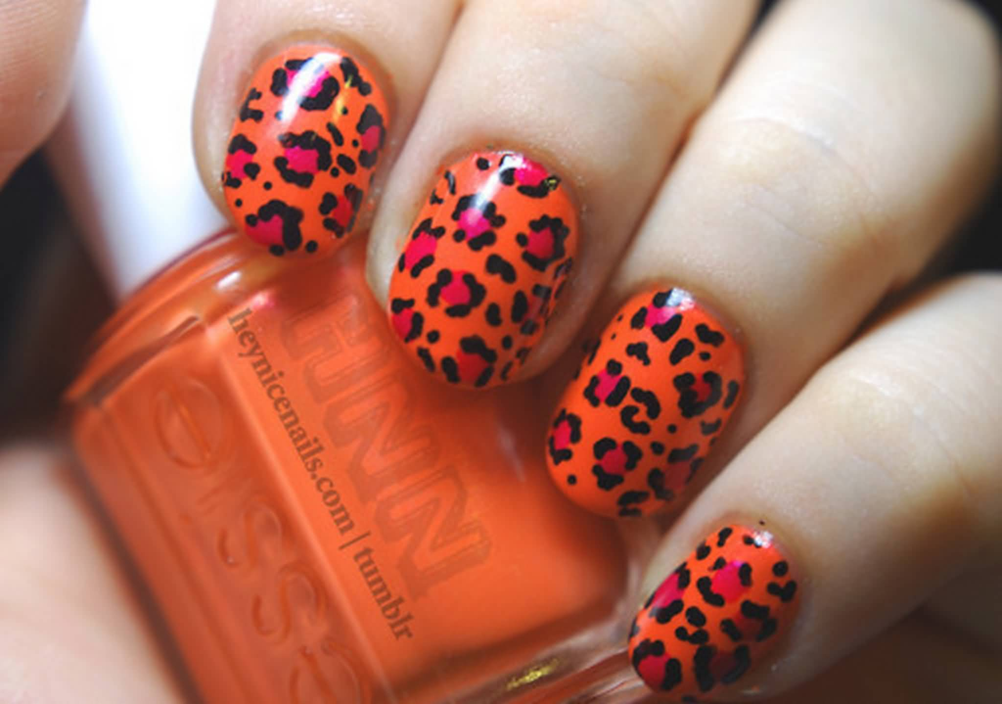 New orange leopard Contrast nail art
