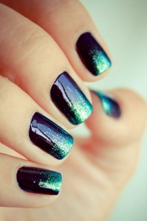 New stylish blue and green design Ombre nail art