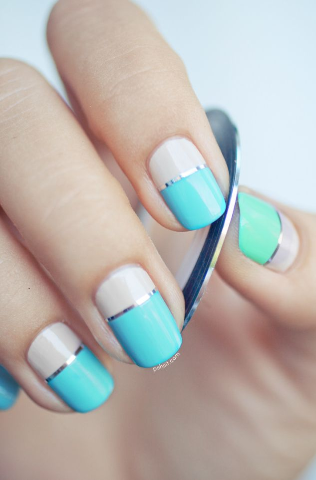 Original sky blue Color blocking nail art