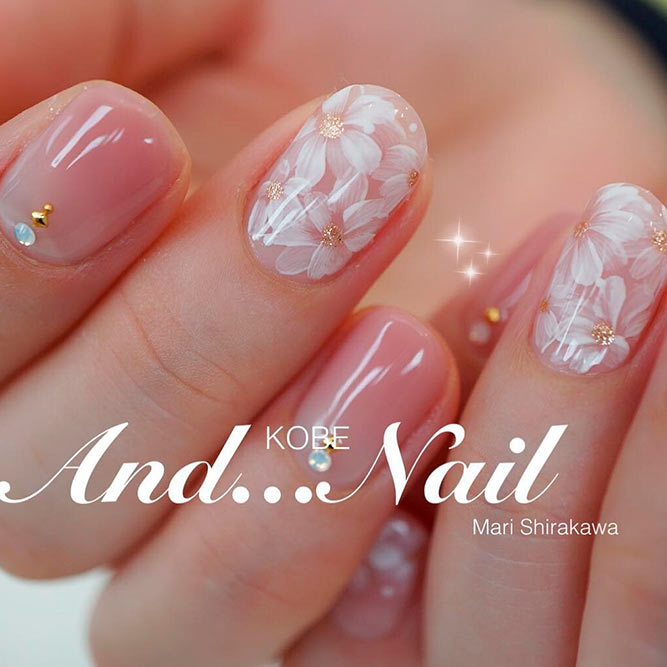 Pretty rose gel Wedding nail art