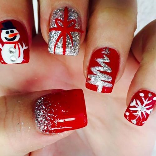Red snowman & fog with gift Christmas nail art