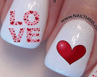Romantic love Heart nail art