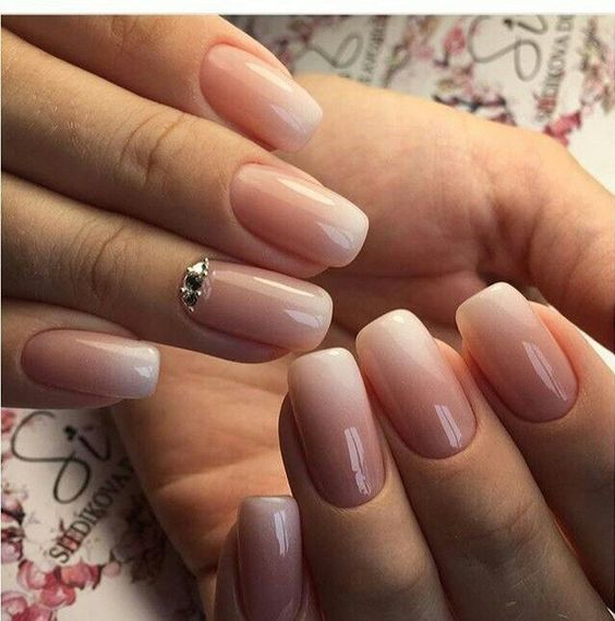 Simple white brown stone Ombre nail art