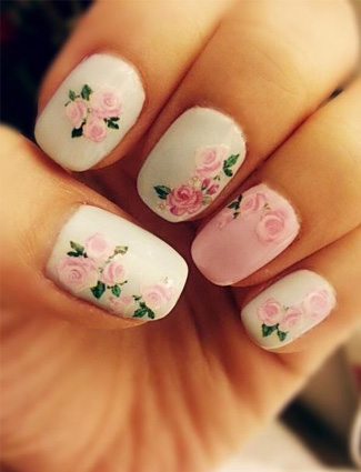 Small baby pick flower Contrast nail art