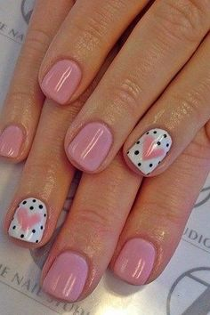 Small dotted Heart nail art