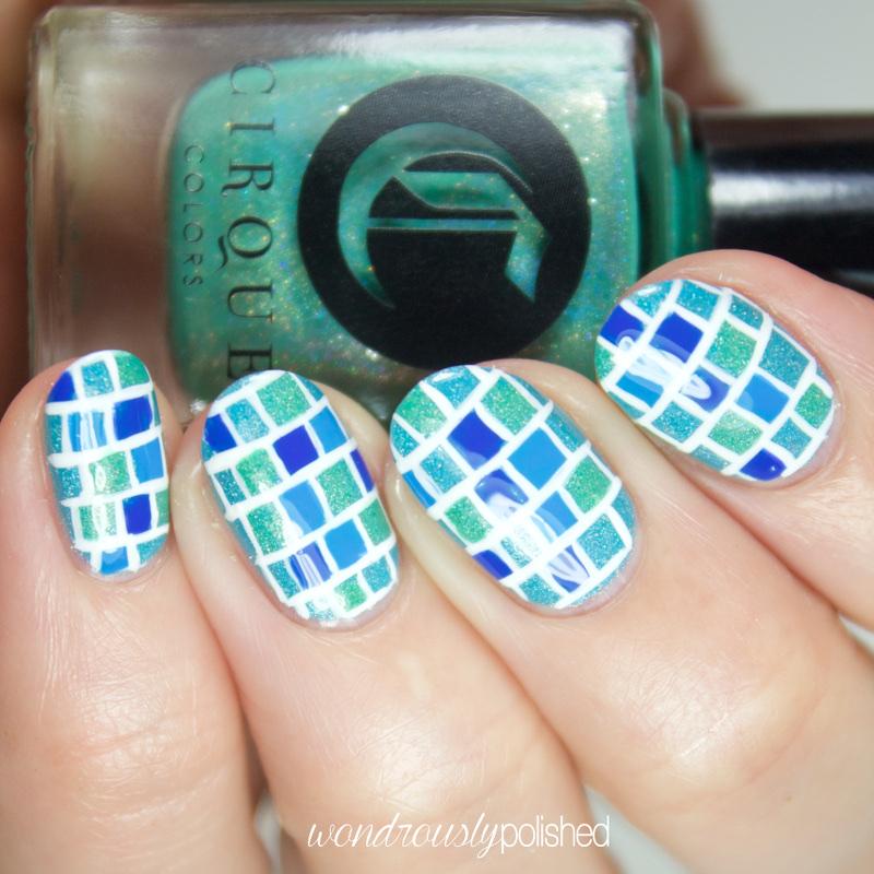 Stylish blue glitter gel Tiles nail art