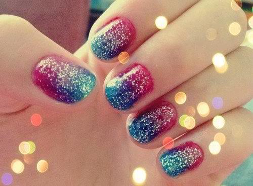 Stylish dubble shaded Glitter nail art