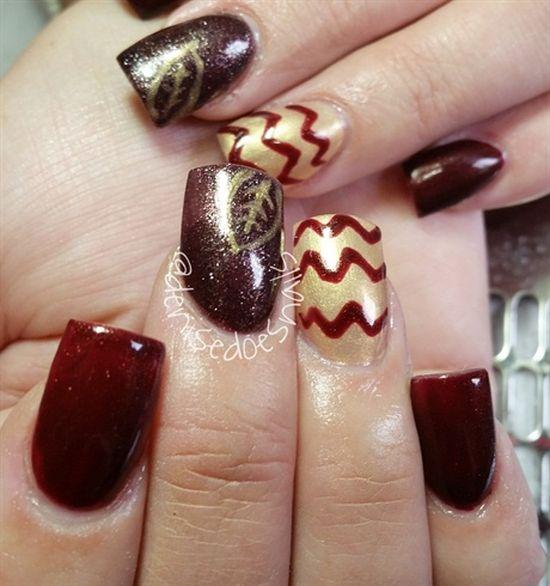 Trending color combi Chevron design nail art